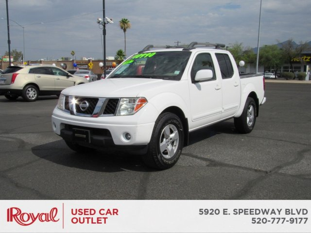 Pre-Owned 2008 Nissan Frontier LE